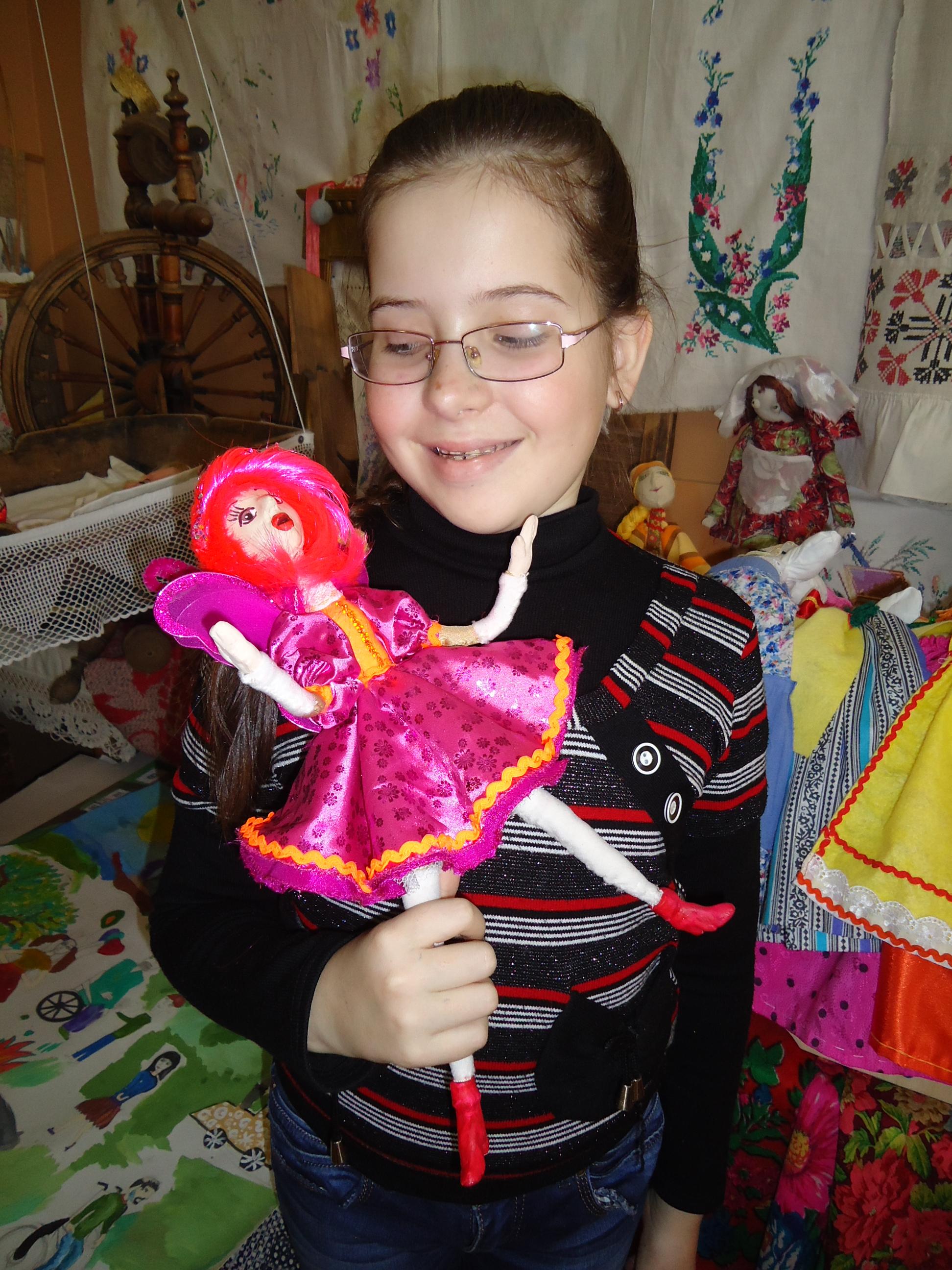 Филатова Екатерина со своей куклой