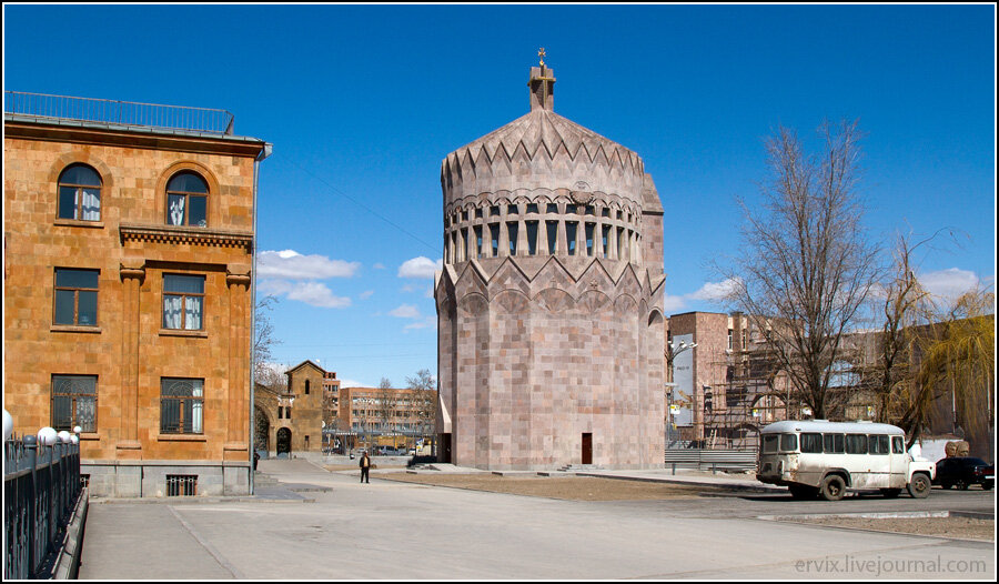 Монастырь Эчмиадзин