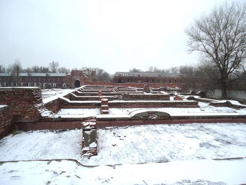 Брестская крепость. Руины казармы 333 стрелкового полка