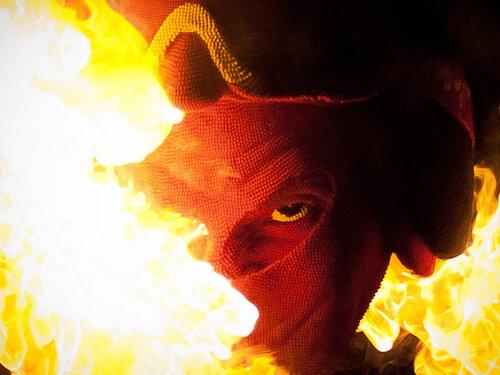 Гори оно огнем – как горит дьявол из спичек