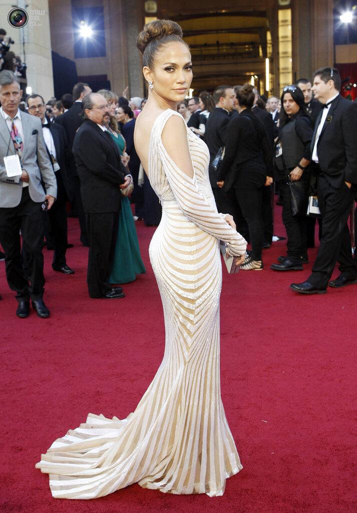 Actress Jennifer Lopez