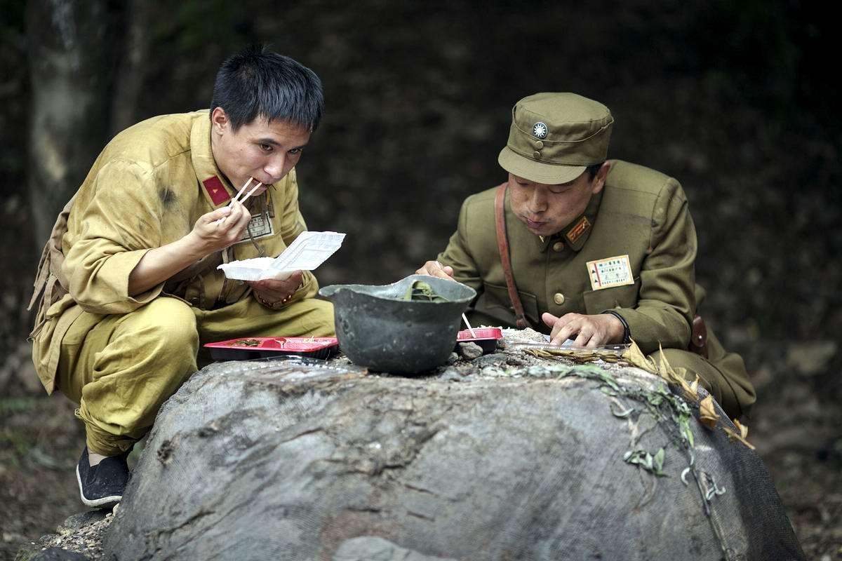 Война и немцы: На съемках китайского телесериала о 2-й мировой войне (22)