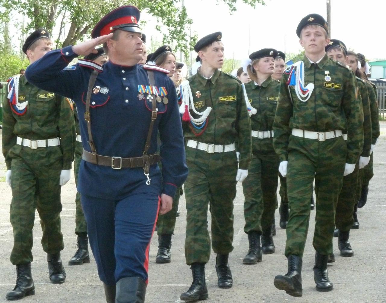 Открытие мемориальной доски, погибшему в Крыму волгоградскому казаку