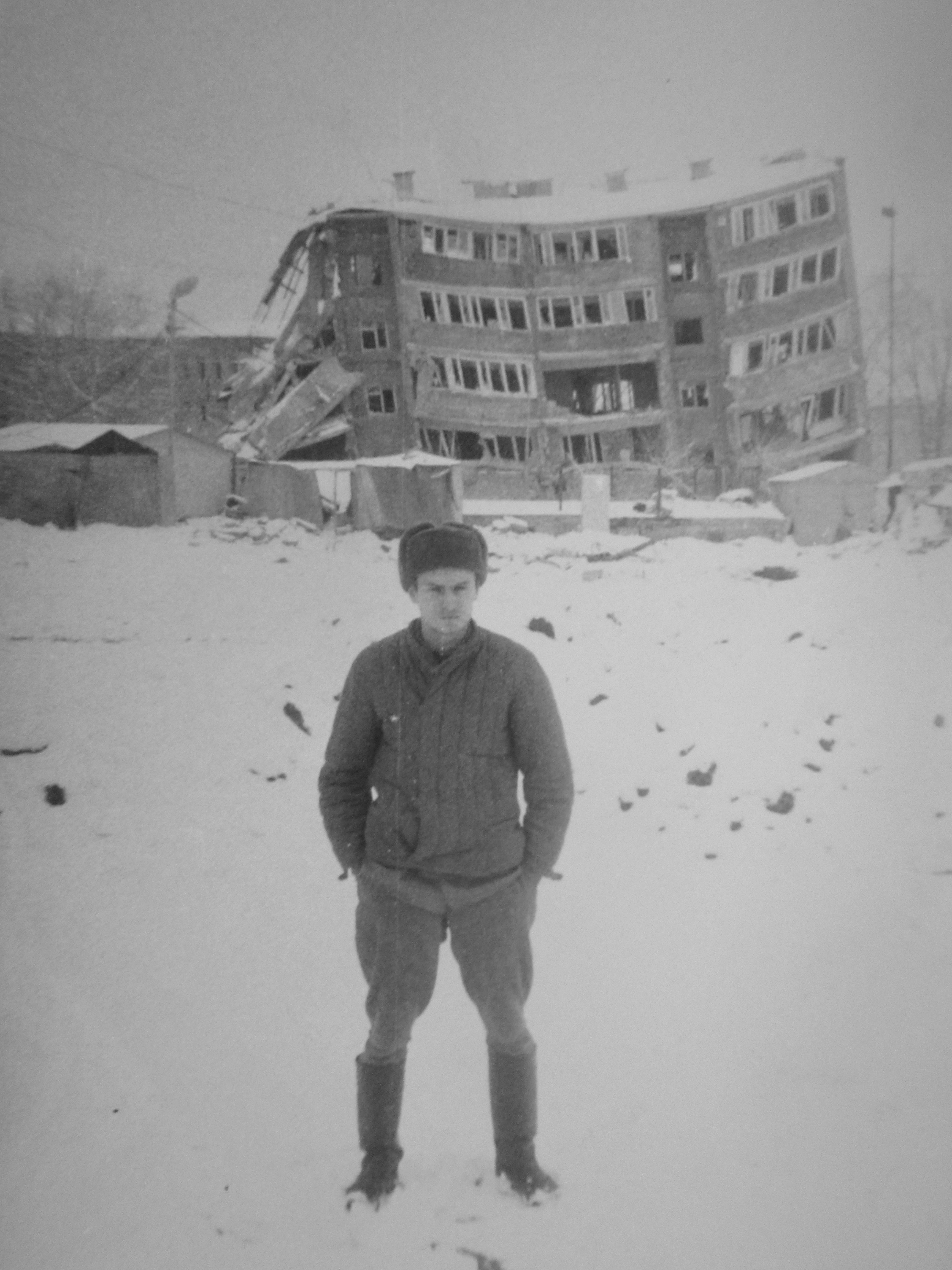 Ленинакан (ныне Гюмри), декабрь 1988 года.