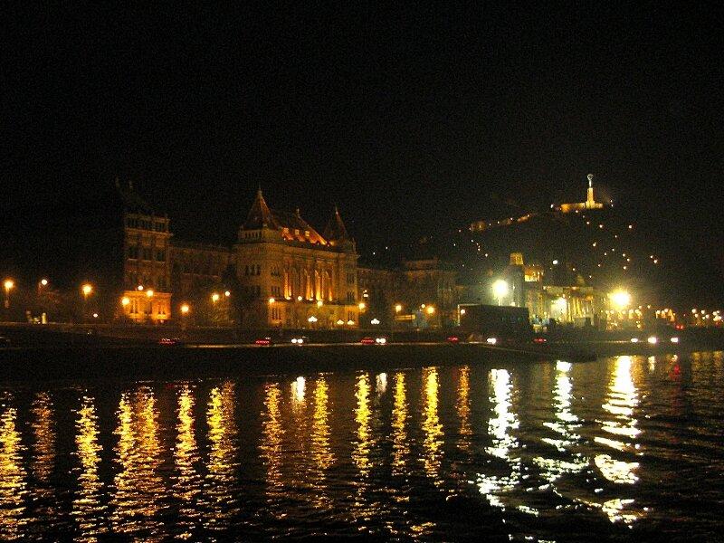 Будапешт, ночной круиз по Дунаю