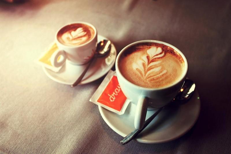2. «Магический кофе» Ингредиенты (на 1 порцию): 1 чашка сваренного кофе; 1 ч. л. корицы; 1/2 ч. л. м