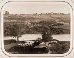 Вид на Рязанский шлюз;на втором плане-деревня Горки.