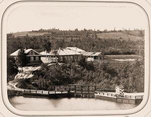 Вид Могилёвской плотины и старого дома помощника начальника отделения.
