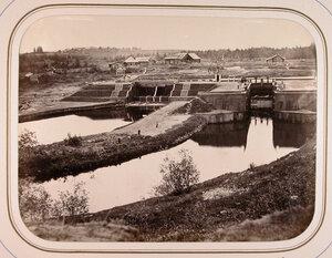 Вид на Киевскую плотину и шлюзы.