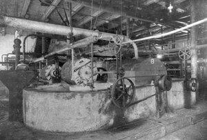 Отбельные роли для рафинированной целлюлозы на заводе.
