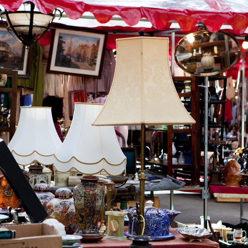 lamps on street market in London
