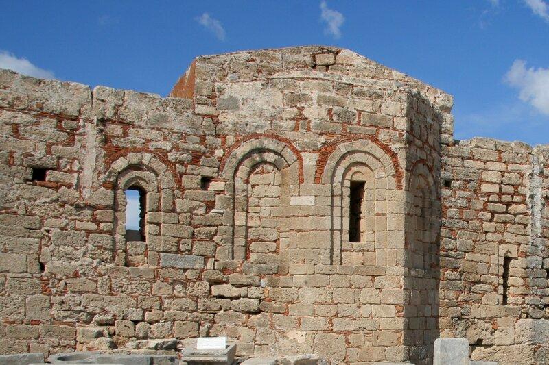 Церковь в акрополе Линда