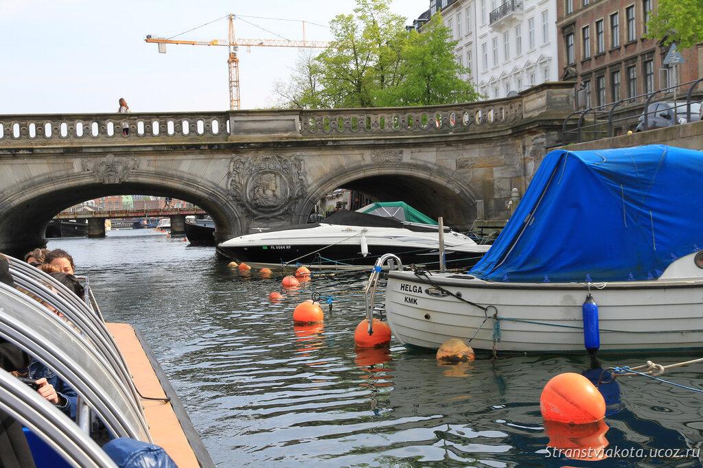 Прогулки на кораблике по каналам Копенгагена