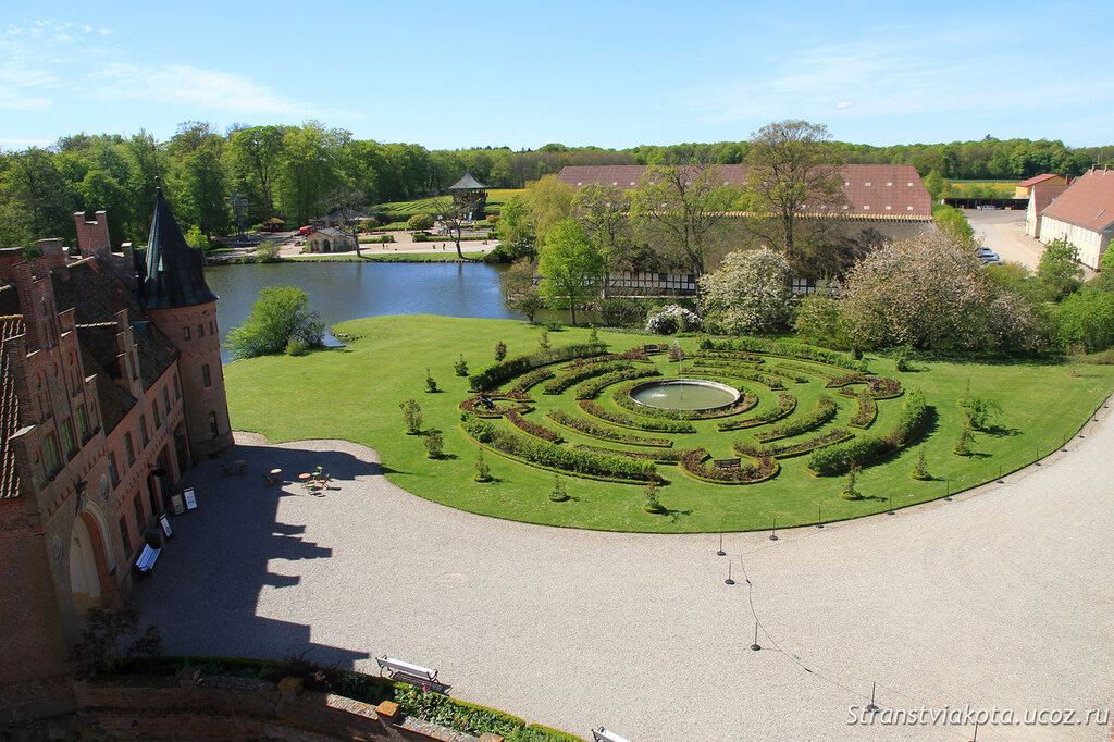 Дания, замок Эгесков