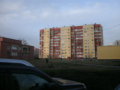 ул. Коммунаров 118к2
