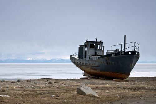 На берегу Байкала (фото Ирины Якуниной, КРОЭО «ПЛОТИНА»).jpg