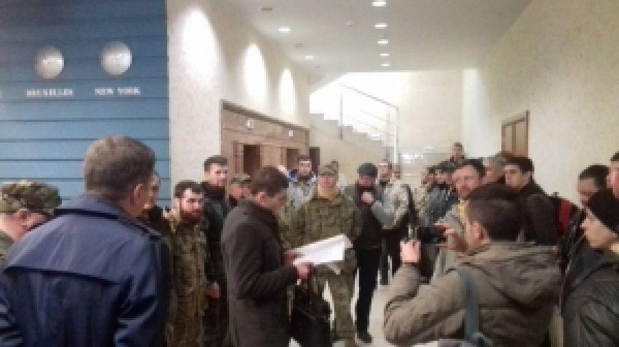 """""""ПС"""" с соратниками защитили завод в Ивано-Франковске"""