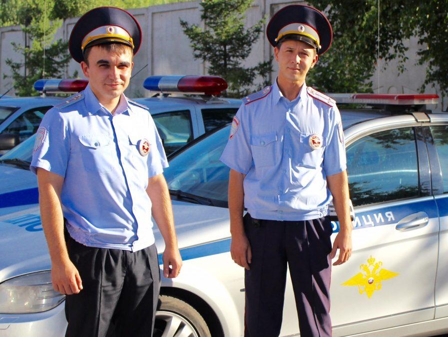 Кузбасские полицейские спасли 82-летнего грибника который упал в овраг