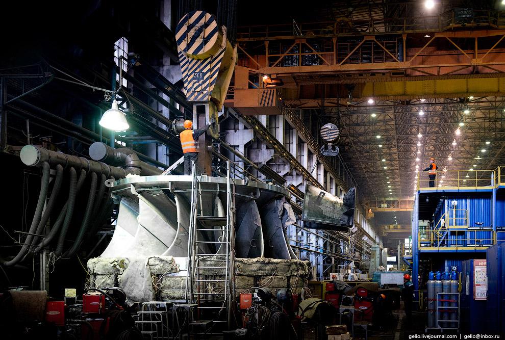 6. ЛМЗ — один из крупнейших в мире производителей паровых и гидравлических турбин большой и сре