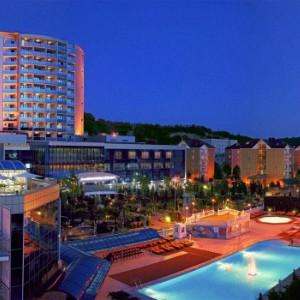 Сочи – самый крупный курортный город в России, где в последнее время стало престижным отдыхать