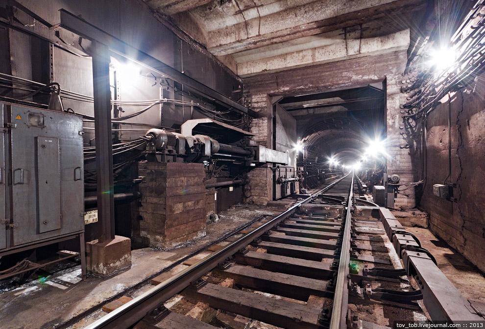 Частота установки тоннельных затворов зависит от случая к случаю:  на первом пусковом участк