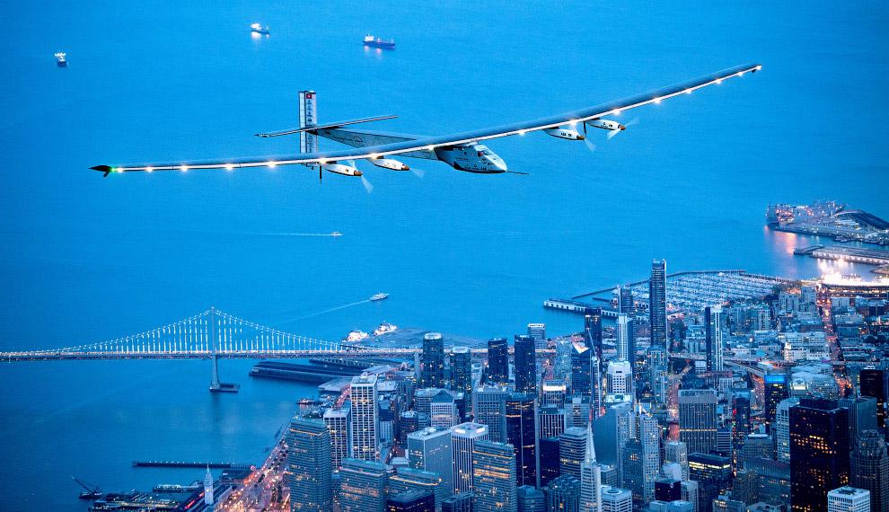 5. Общий вес летательного аппарата составляет 2 300 кг. Сан-Франциско, штат Калифорния, 23 апре