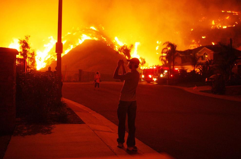 Статистика говорит, что профессия пожарного входит в число наиболее рискованных профессий во всём ми