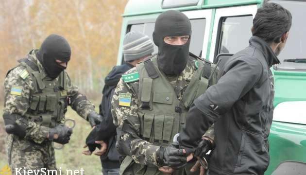 Таможенники Черниговcской области устранили международный канал незаконной миграции