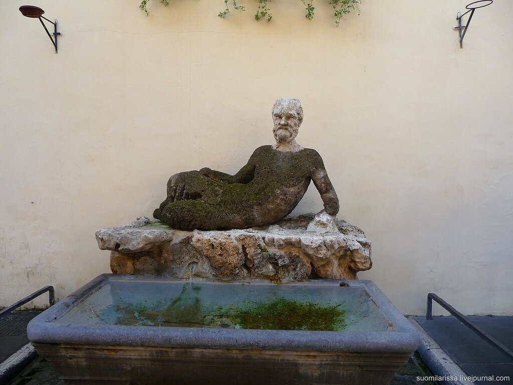 Fontana del Sileno; via del Babuino.