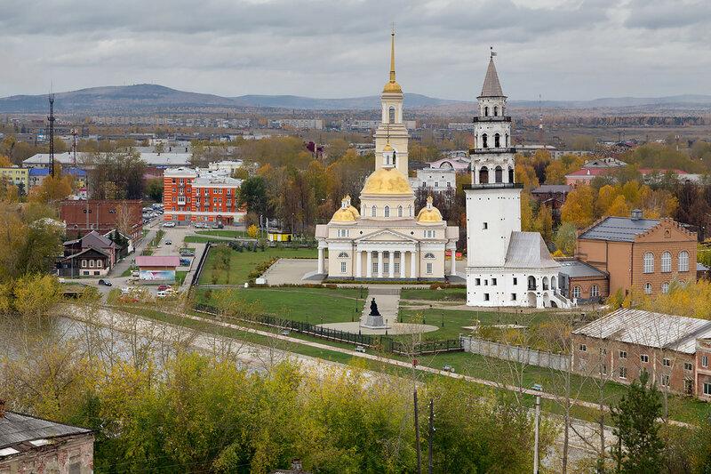 Вид на Невьянск