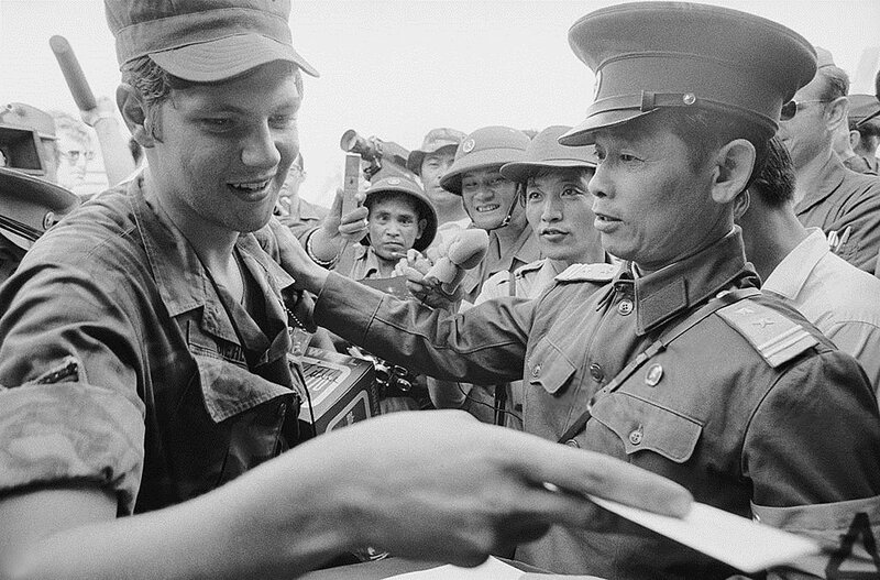 a history of the american involvement in the vietnam war