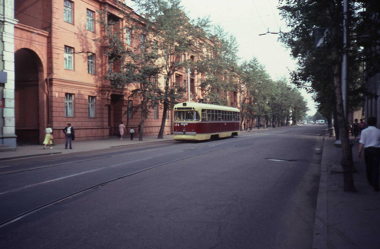 Иркутск. Трамвай на улице Ленина