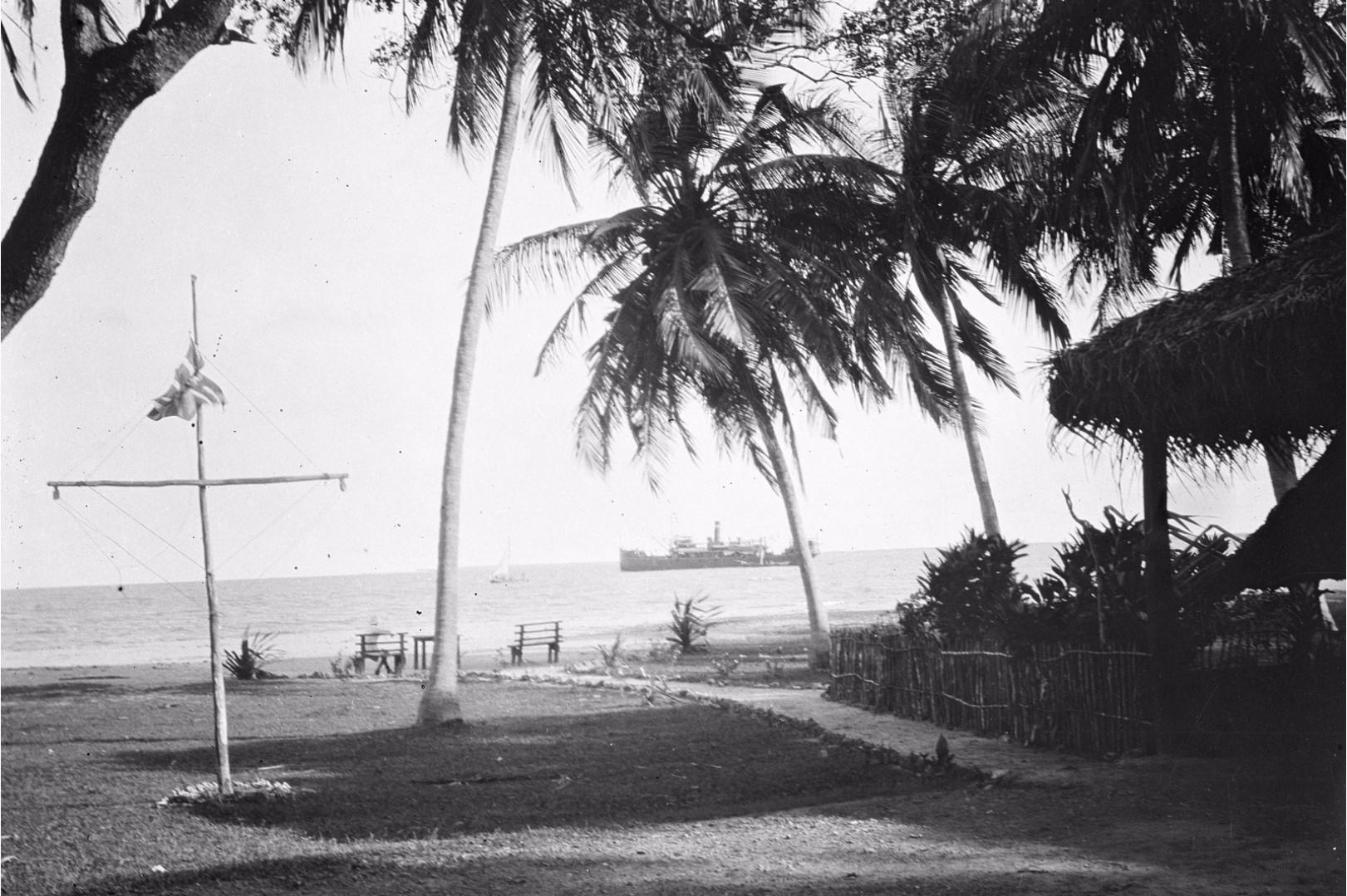274. Калкуда. Вид на море из постоялого двора