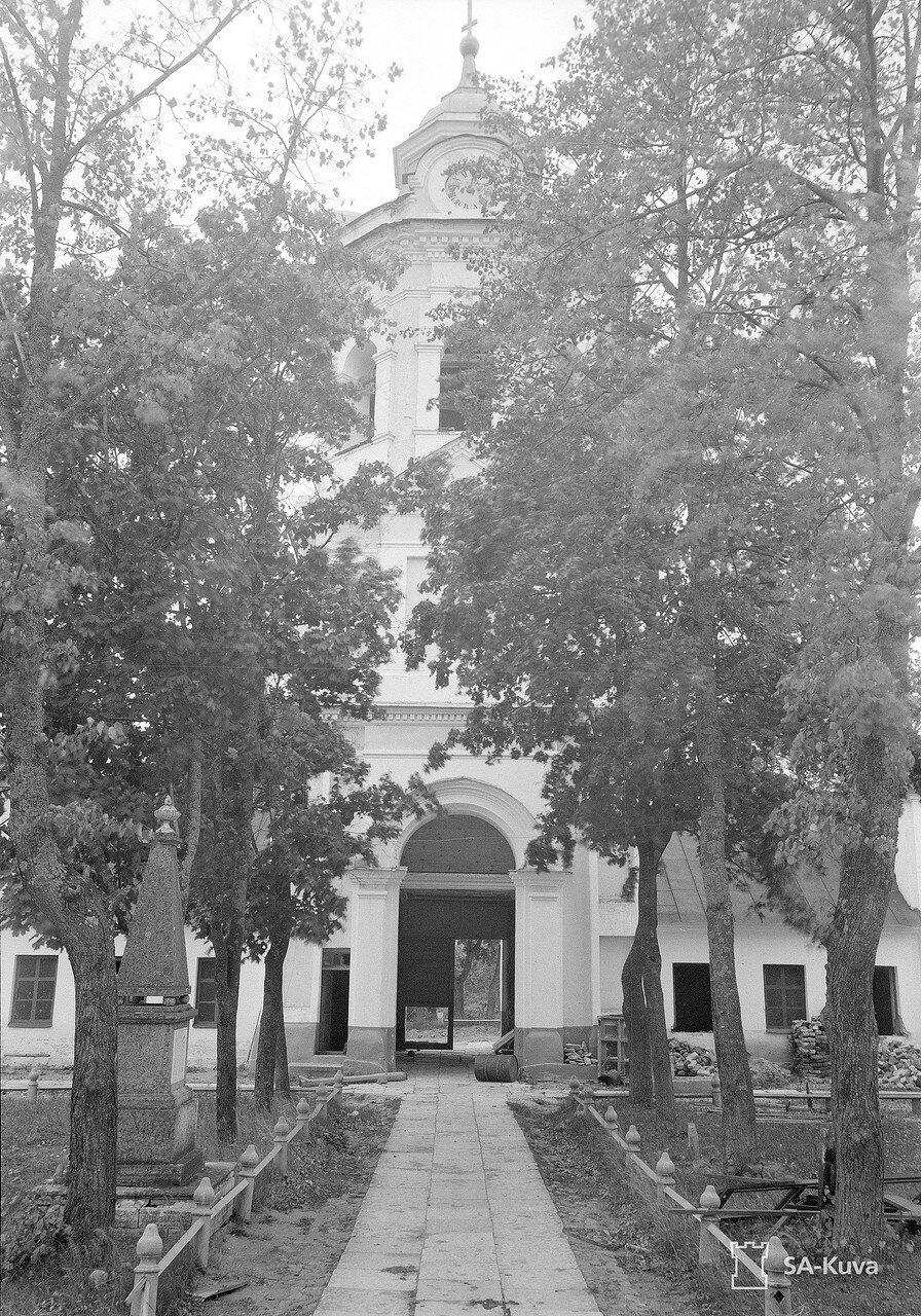 1941. Колокольня собора Рождества Пресвятой Богородицы