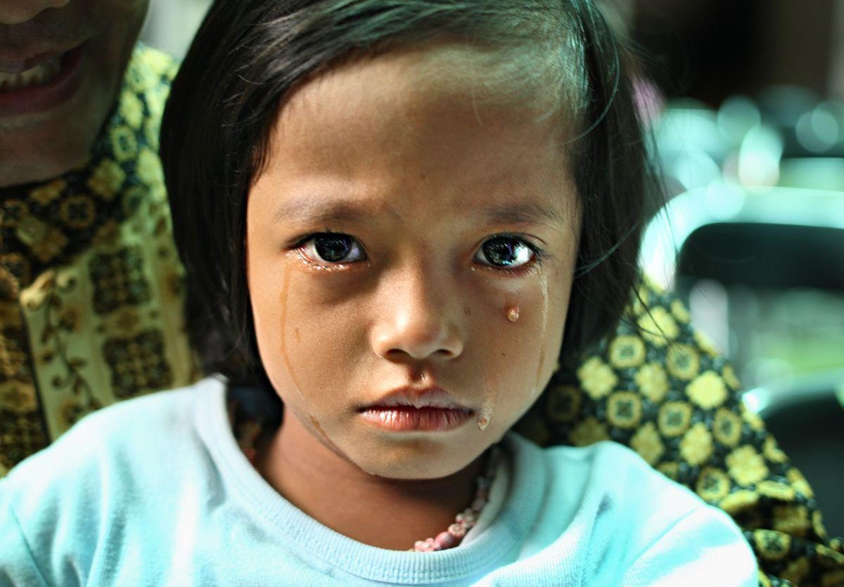 Формы обрезания и квалифицирует их как сексуальное насилие над детьм…