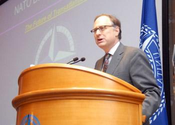 Вершбоу: Укрепление партнерства с НАТО поможет развитию Молдовы