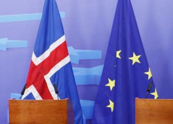 Исландия отложила до осени решение об отказе своего вступления в ЕС