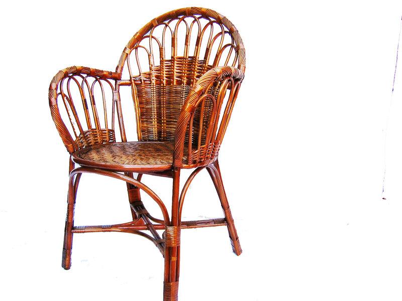 Кресло плетеное из лозы, эксклюзивная ручная работа.  Предлагаем покупателям удобную схему прямых поставок.