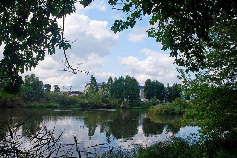 Городской пейзаж. Река Миасс