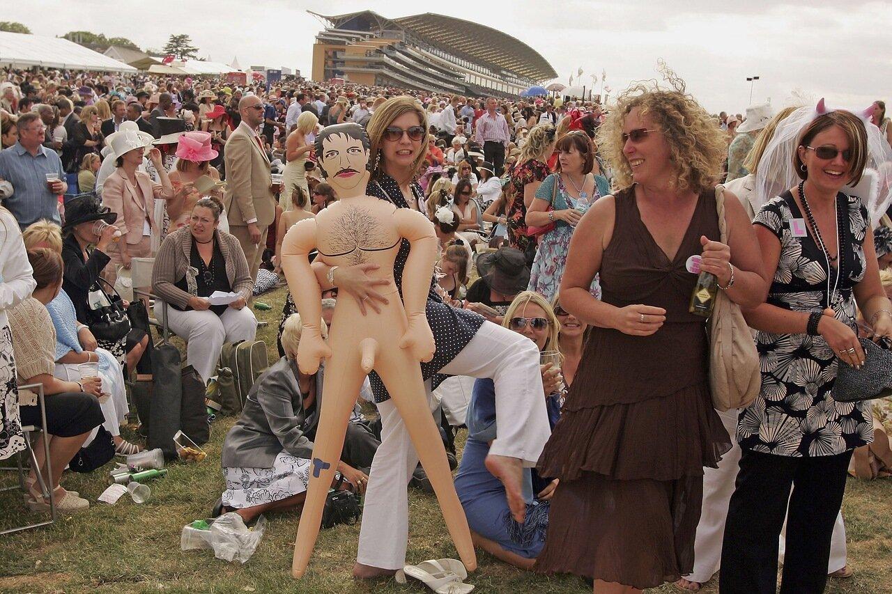 Ladies' Day At Royal Ascot - Day 3