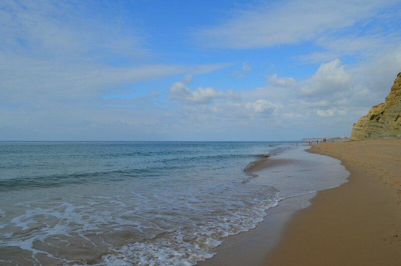 Небо...море...берег....