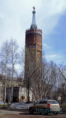 Фото города Инта №6606  Северо-западная  сторона башни 16.05.2014_15:14