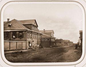 Вид дома А.К.Лелонга на одной из улиц города.