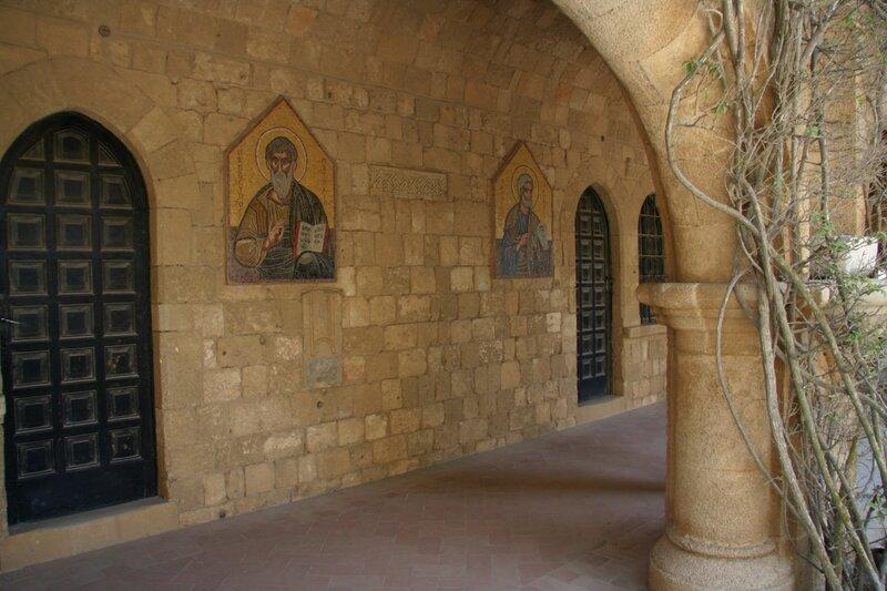 Мозаики с ликами апостолов и святых, Филеримский монастырь