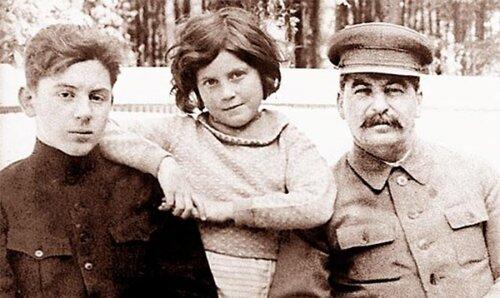 дети василия сталина фото