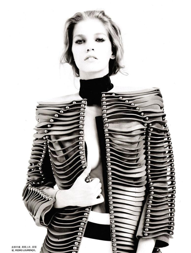 модель Саманта Градовилль / Samantha Gradoville, фотограф Pierre Even