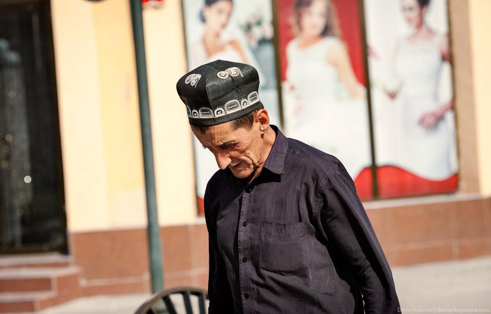 20. Кроме тюбетеек, верным признаком того, что находишься в Средней Азии являются многочисленны