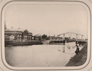 Вид  дома начальника судоходной дистанции на Белозерском канале.