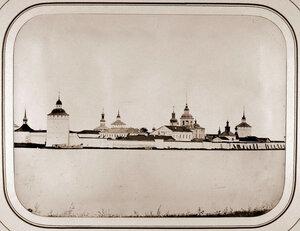 Вид на Кирилло-Белозерский мужской монастырь на Сиверском озере. Кириллов