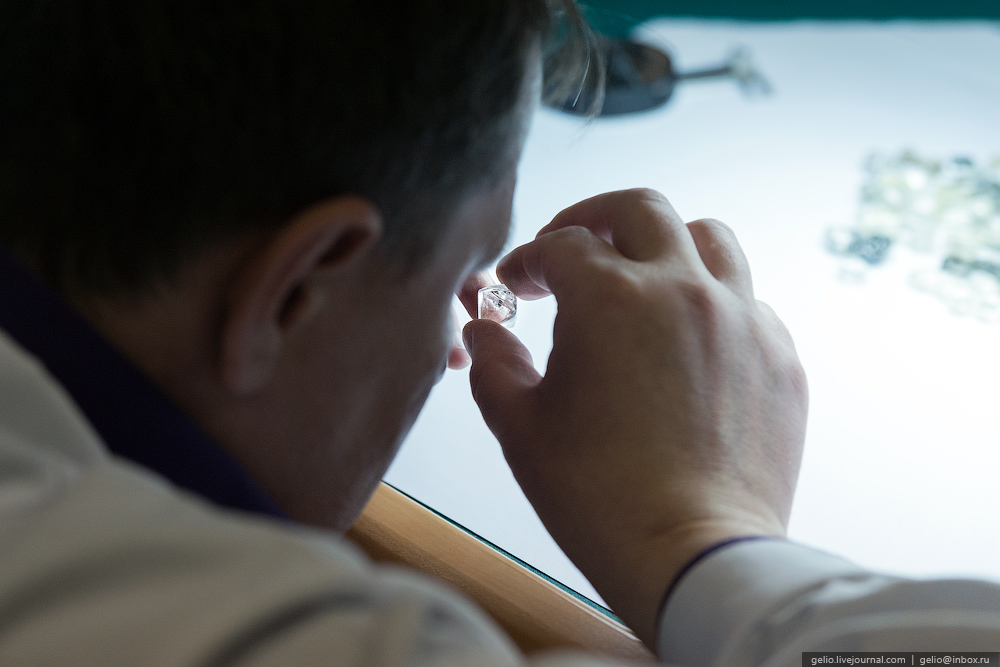 Как добывают и обрабатывают алмазы. Мирнинский и Нюрбинский ГОК
